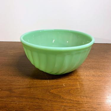 "Vintage Anchor Hocking Fire King Jadeite Swirl Bowl 8"" by OverTheYearsFinds"