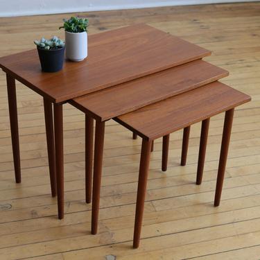 Mid Century Modern Danish Teak Nesting Tables by SpacedOutFurniture