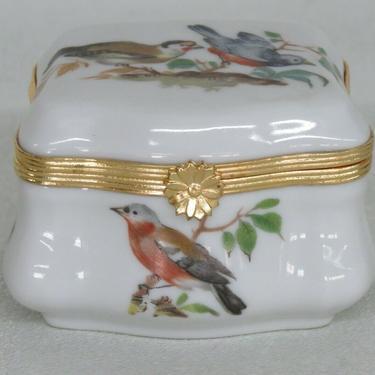 Limoges France White Gold Birds Lidded Pill Trinket Jewelry Box 2445B