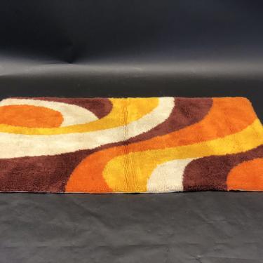 Mid-Century Modern Shag Floor Rug | Orange, Brown, Yellow, White | Vintage