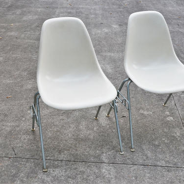 Mid-Century DSS Fiberglass Stacking Shell Chairs in Off-White by Charles & Ray Eames for Herman Miller by SourcedModern