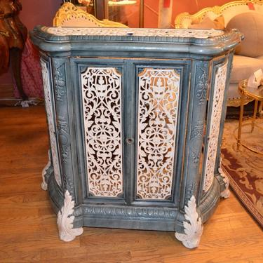 Antique Ornate French Victorian Style Radiator Cover