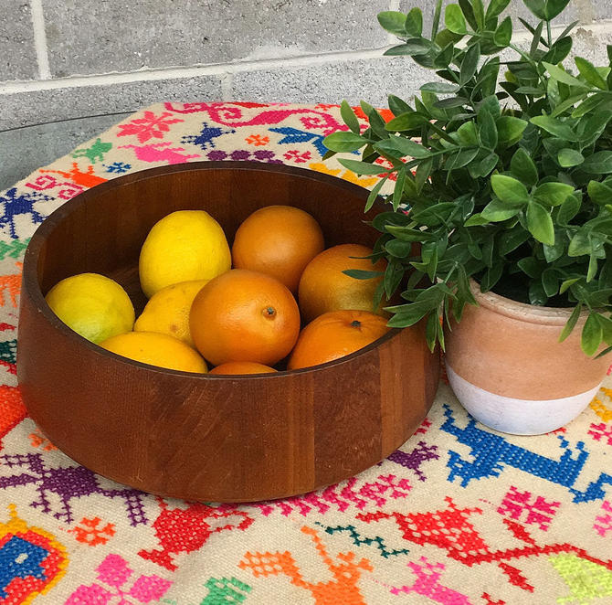 Vintage Wood Bowl Retro 1960s Mid Century Modern + Dark Brown Wood + Salad + Fruit Bowl + Servingware + Large + MCM Kitchen + Home Decor by RetrospectVintage215