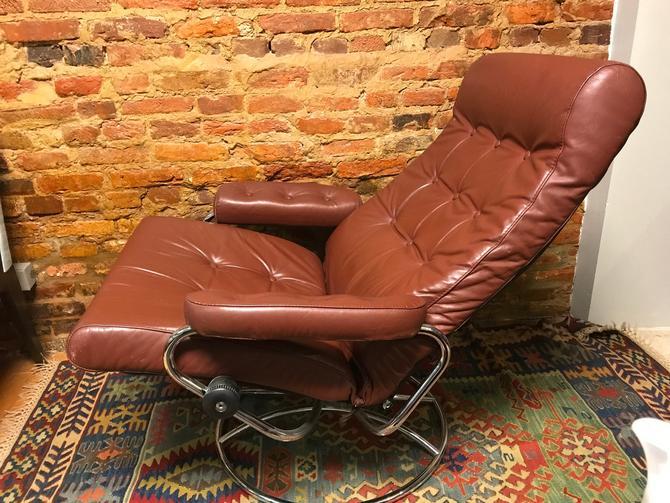 Vintage Mid Century Modern Ekornes Chair & Ottoman by UrbanInteriorsBalt