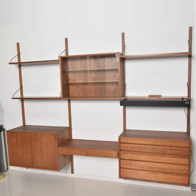 Poul Cadovius, CADO, Royal System Wall Unit in Teak Mid Century Danish Modern by AMBIANIC