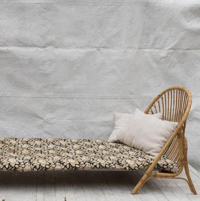 Vintage Bamboo Daybed