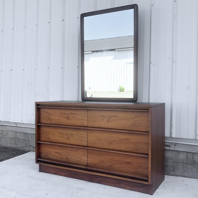 Mid-Century Six Drawer Dresser by Lane by secondhandstory