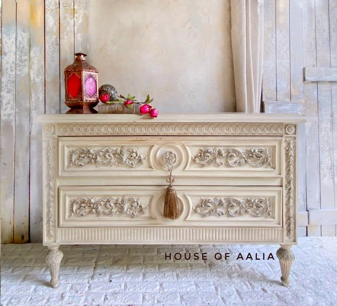 White Ornate Vintage Chest | French Dresser | Cream Old World Dresser | Ornate Dresser by HouseofAalia