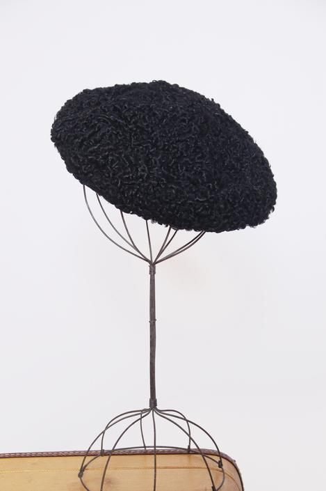 1950s black curly lamb beret / lambswool hat / vintage winter hat / 50s fur hat by ProspectVintageGoods
