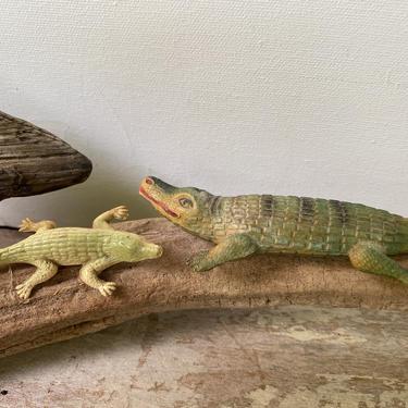 Vintage Celluloid Alligators, Small Alligators, Repurpose Project, Gator Collector, Florida, Toy Alligators by luckduck