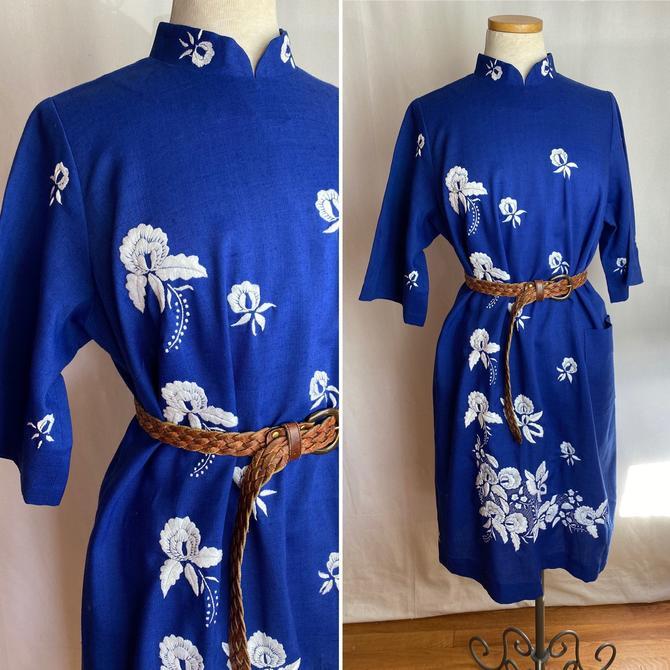 Bright blue linen dress~ embroidered cheongsam style~ blue & white~ mod shift~ large patch pocket~ minimalist plus size by HattiesVintagePDX