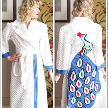 1940s Robe // Chenille Peacock Robe // vintage 40s robe by dethrosevintage
