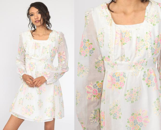 Peasant Mini Dress 70s Babydoll Dress PUFF Sleeve Dress White Floral Print Dolly Ruffle Dress Empire Waist 1970s Vintage Lolita Small s by ShopExile