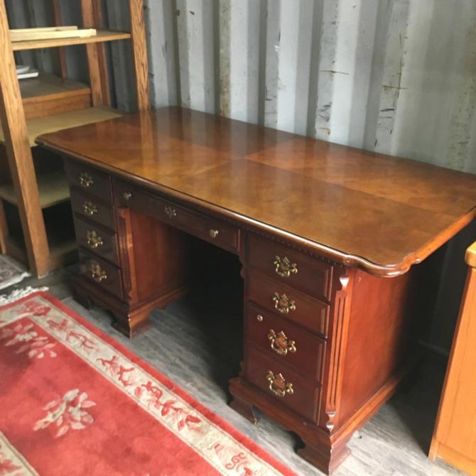 Lexington Desk