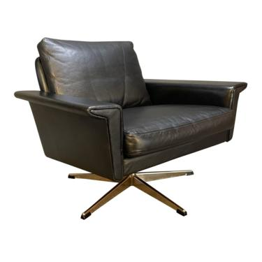 Vintage Danish Mid Century Modern Leather Lounge Chair Attributed to Georg Tham by AymerickModern