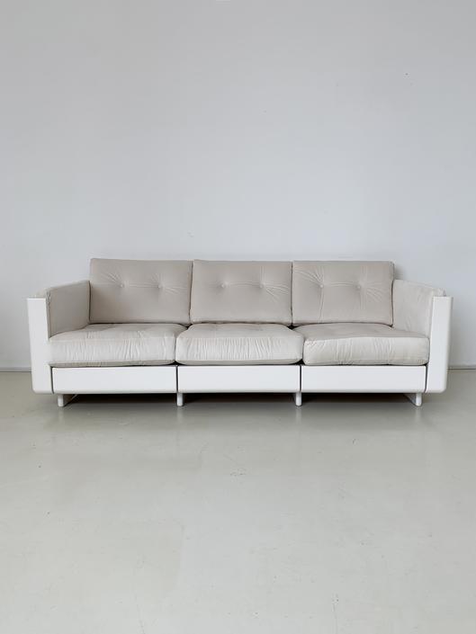 1970s Space-Age Cream Sofa by Magnus Olesen