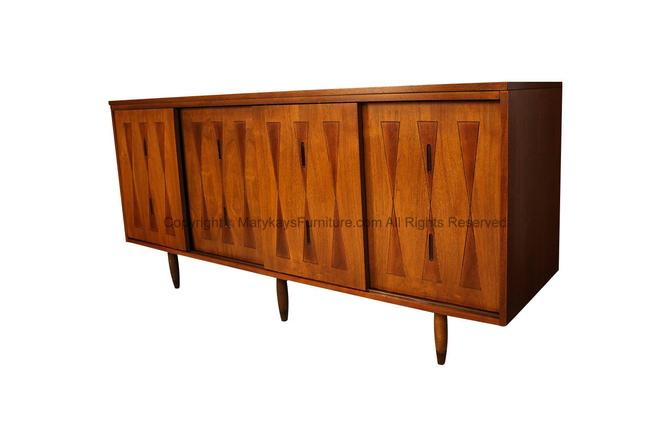 Mid Century H. Paul Browning Stanley Reversible Door Credenza by Marykaysfurniture