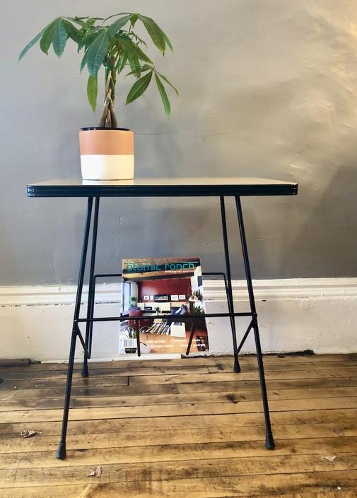 Vintage Formica Top Magazine Stand\/Table