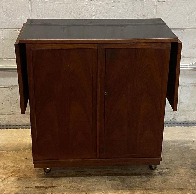 """MCM rosewood bar cart with drop leaf black lacquer top on casters 32.5"""" l x 18"""" d x 34"""" ht ( 64"""" length expanded)"""