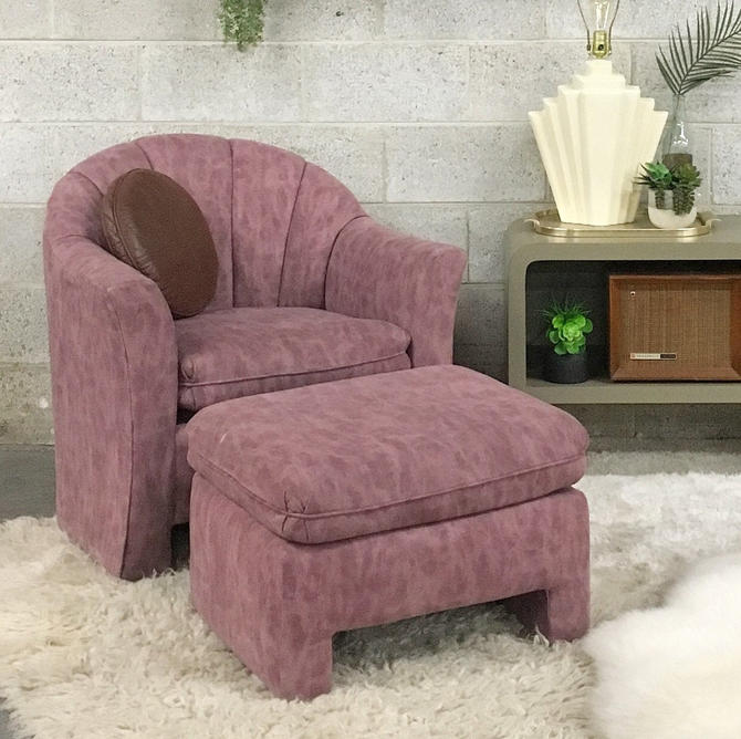 LOCAL PICKUP ONLY ------------ Vintage Lounge Chair + Ottoman by RetrospectVintage215