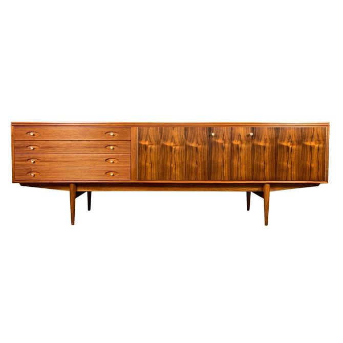 "Vintage British Mid Century Modern Mahogany ""Hamilton"" Credenza by Robert Heritage for Archie Shine by AymerickModern"