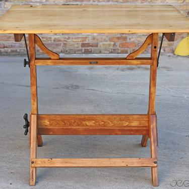 rare restored vintage drafting table by the Fritz Mfg., scalable and tilting standing or sitting desk by jeglova