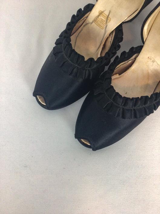Vintage 50s satin slides | Vintage black satin peep toe slip on shoes | 1950s Daniel Green boudoir slippers by BeeandMason
