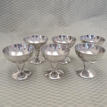 Set of 6 Mid Century Atomic Cocktail Cups by Harvey Aluminum