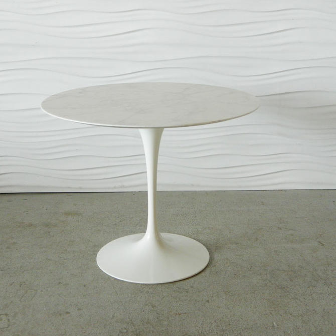 "HA-C8211 Knoll Saarinen 35\"" Marble Tulip Table"