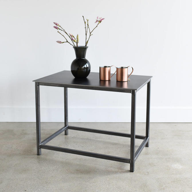Industrial Metal End Table / Modern Steel Accent Table / Box Frame Side Table by wwmake