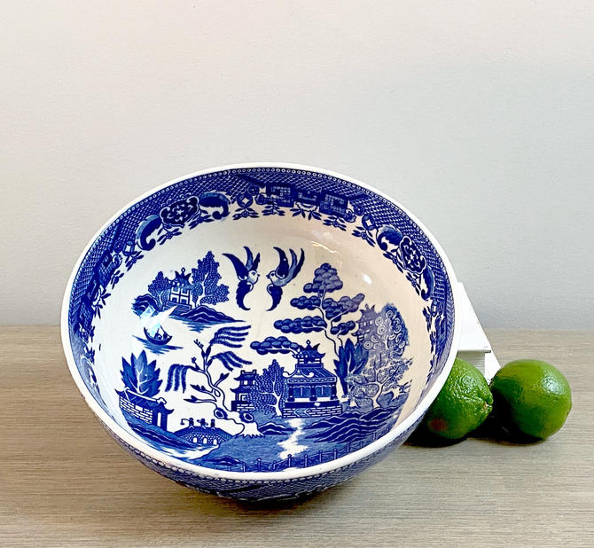 Vintage Blue Willow Bowl Round Serving Dish Blue White China Chinoiserie Serving by ModRendition