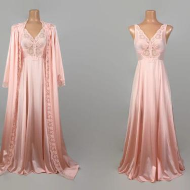 VINTAGE 80s Pretty Peach OLGA Peignoir Set | Stretch Lace Bodice | Full Sweep Nightgown & Robe | Wedding Bridal Lingerie | P  92087 94007 by IntrigueU4Ever