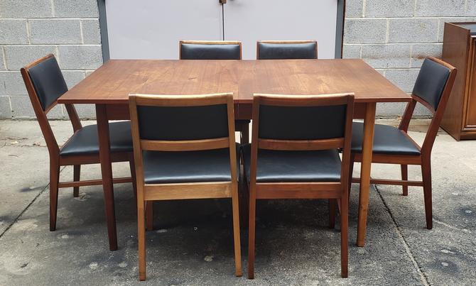 Mid-century Modern Dining Set with Six Chairs