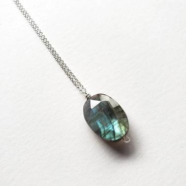Labradorite Simple Necklace, Silver