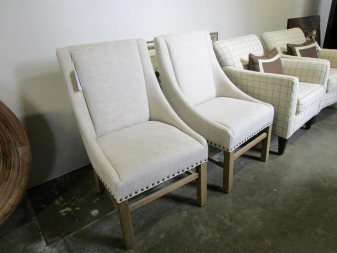 PAIR OF LINEN ACCENT CHAIRS