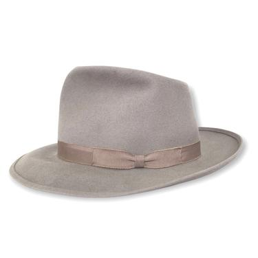 RARE ~ Vintage 1940s Royal Deluxe STETSON Flagship Fedora ~ size 7 1/2 ~ Whippet / Playboy / Stratoliner by SparrowsAndWolves