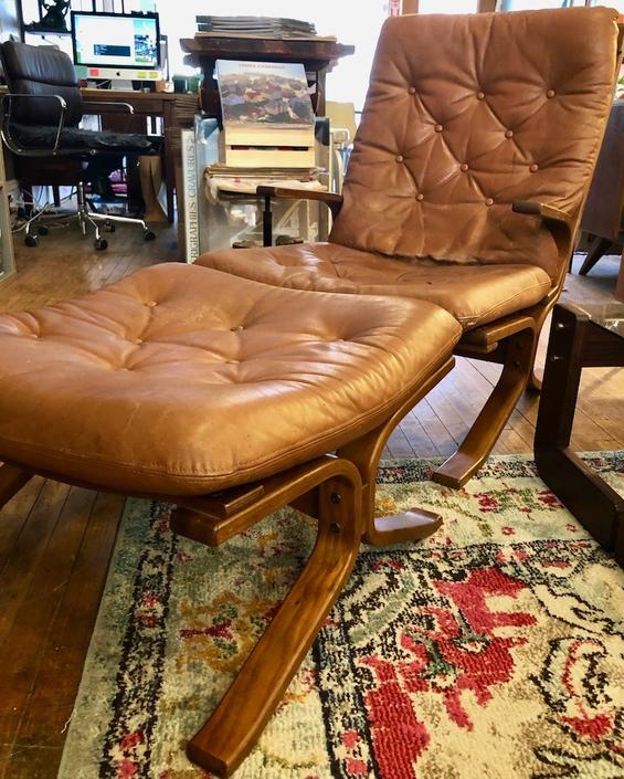 Vintage Leather Lounge Chair & Ottoman from Norway