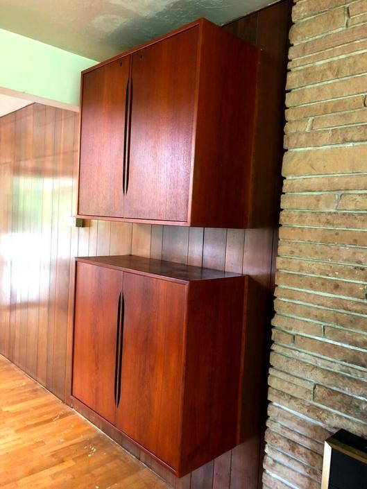 VTG Mid Century TEAK FLOATING WALL UNIT MOUNT CABINETS Bar Shelf DANISH MODERN