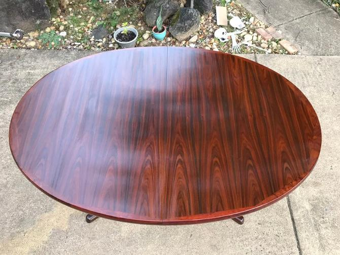 Danish Rosewood Dining table by InterformCollection by DanishGarage