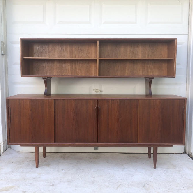 Mid-Century Sideboard With Topper by Gunni Omann by secondhandstory