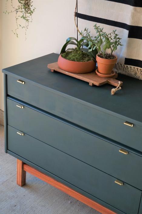 Hunter Green 6ft Dresser