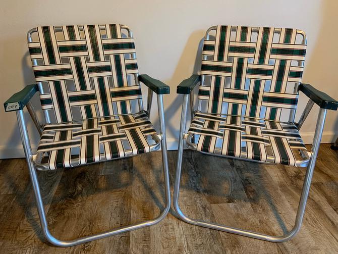 Set of 2 Vintage Webbed Aluminum Folding Lawn Chairs by DesertCactusVintage
