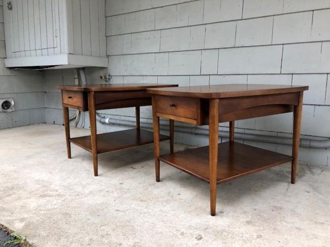 Midcentury Broyhill End Tables or Nightstands