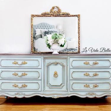 Elegant French Console, French Provincial, French Country, Buffet, Sideboard, Entryway Piece. by LaVidaBellaDesign