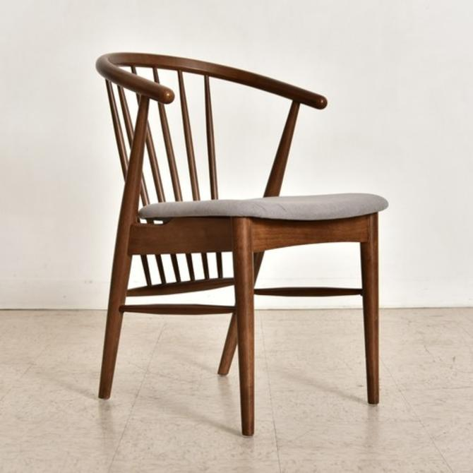 """""""Gerret"""" Spindle Dining Chair"""