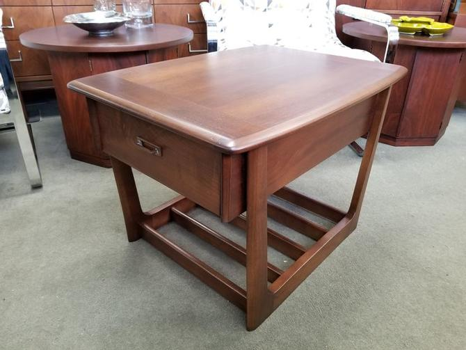 MidCentury Modern Walnut Side Table With Upper Drawer From Peg Leg - Walnut side table with drawer