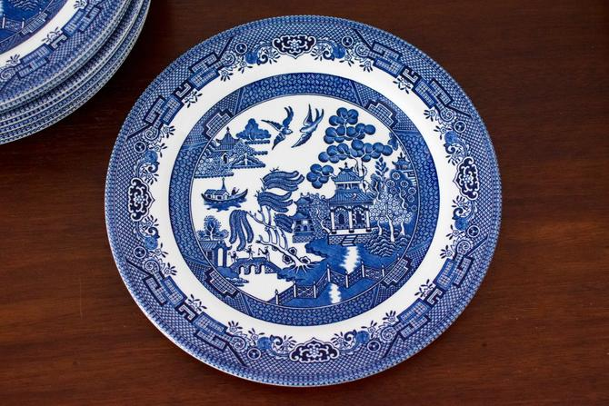 Set of 9 Churchill Blue Willow Dinner Plates by CapitolVintageCharm