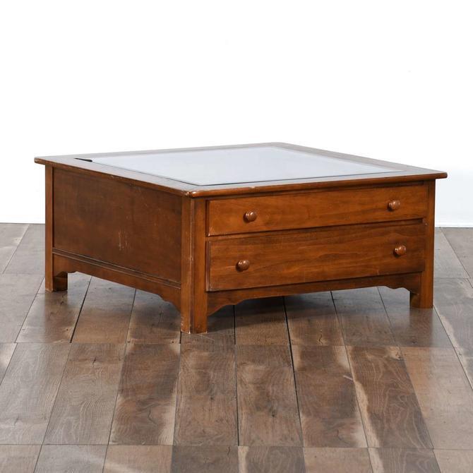 Riverside Furniture Display Coffee Table W Glass Top