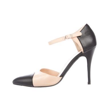 Vintage CHANEL CC Logo Mary Janes Black Beige Cap Toe Leather Heels Pumps Shoes 39.5 / 8.5 - 9 by MoonStoneVintageLA