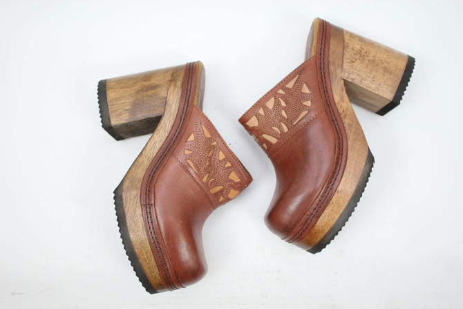 Vintage 90s Brown Leather Candies Clogs 1990s Chunky Heels Wooden Heels Slide On Womens Size 75 By Rubythreadsvintage